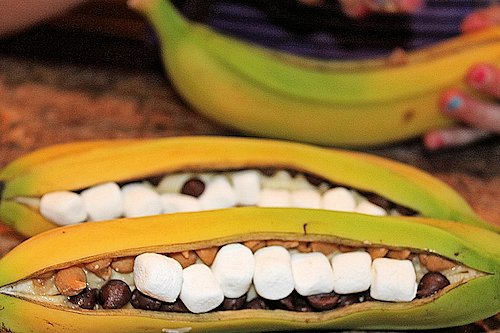 How to Make Banana Boats