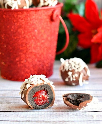 Cherry Filled Cookie Balls Recipe