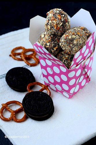 Triple Chocolate & Pretzel Cookie Balls