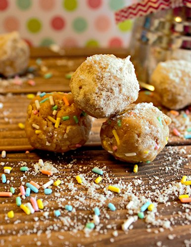 Sugar Cookie Balls