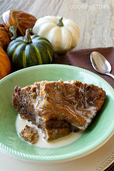 Slow Cooker Breakfast Pumpkin Bread Pudding