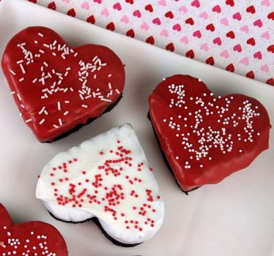 Chocolate-Dipped Heart Brownies